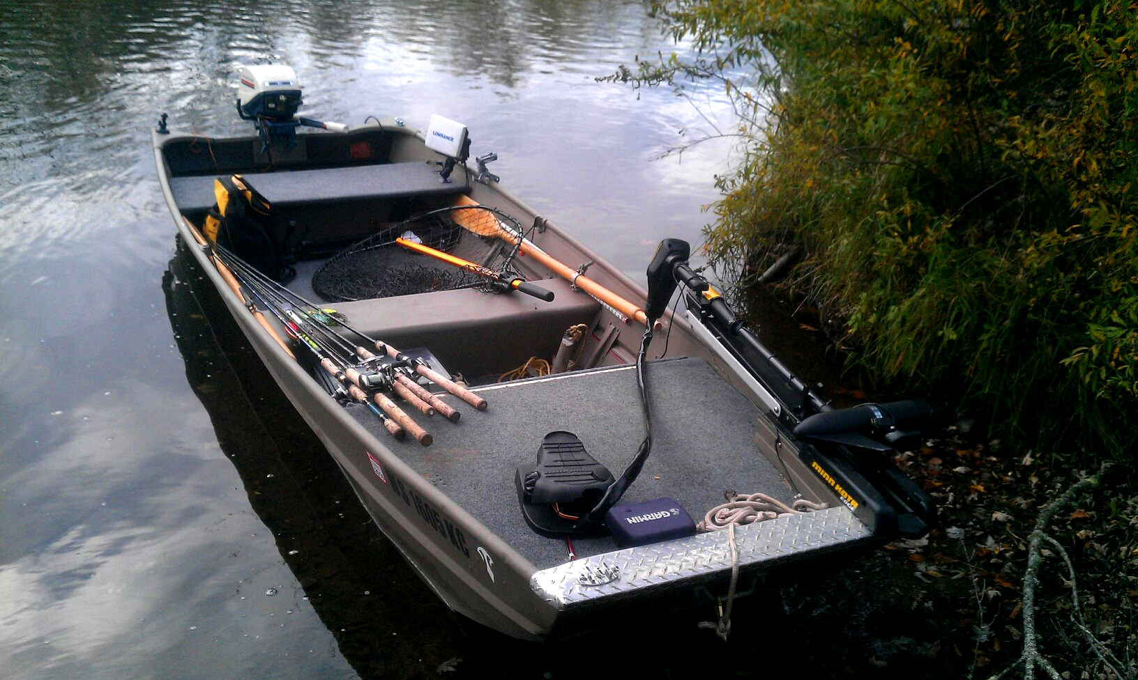 Specialize Your Small Fishing Boat With Custom